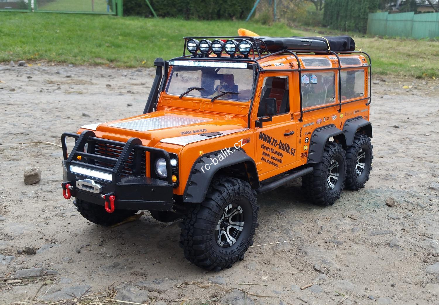 Land Rover Defender 6x6 Orange UNIKÁT SCX10